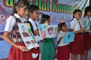 Sebagian anak-anak peserta lomba menggambar