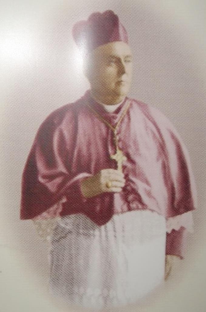 Ketua KWI pertama Mgr. A. Van Velsen, SJ