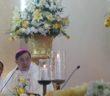 Mgr. Henricus Pidyarto Gunawan.O.Carm memimpin misa perdana tahbisannya sebagai uskup di Gereja Katedral Ijen, Malang, MInggu (4/9/2016)/ Foto: Komsos KWI