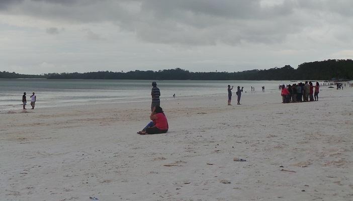 Pantai Ngur