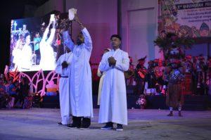 Atraksi Budaya OMK Regio Papua Keuskupan Agats-Asmat pada puncak IYD 2016 di Manado (1)