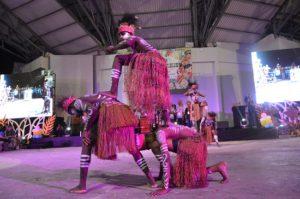 Atraksi Budaya OMK Regio Papua Keuskupan Agats-Asmat pada puncak IYD 2016 di Manado (2)
