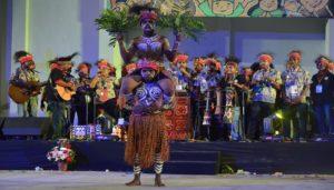 Atraksi Budaya OMK Regio Papua pada puncak perayaan IYD 2016 di Manado
