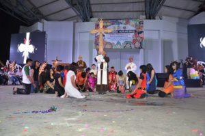 Atraksi budaya OMK Keuskupan Agung Samarinda (2)