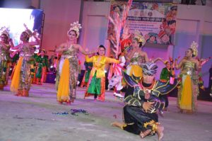 Atraksi budaya OMK Keuskupan Malang (2)