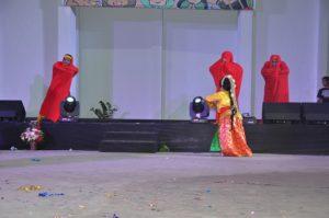 Atraksi malam budaya OMK Keuskupan Purwokerto pada IYD 2016 di Manado (3)