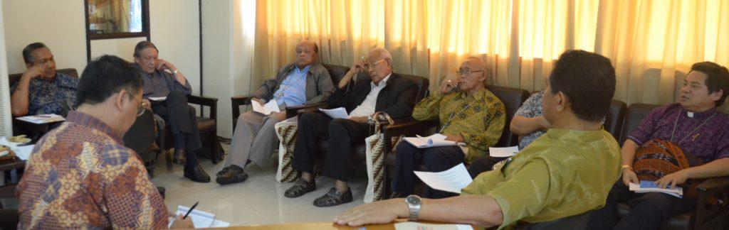 Para anggota sidang dari Regio Nusra