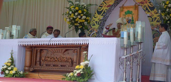 Melihat Keunikan dan Arti Lambang Uskup Samuel Oton Sidin, OFM.Cap