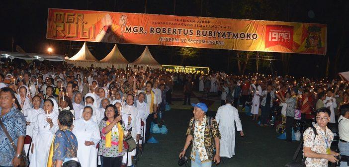 Cahaya Bagi Bangsa dari Umat Katolik Keuskupan Metropolitan Semarang