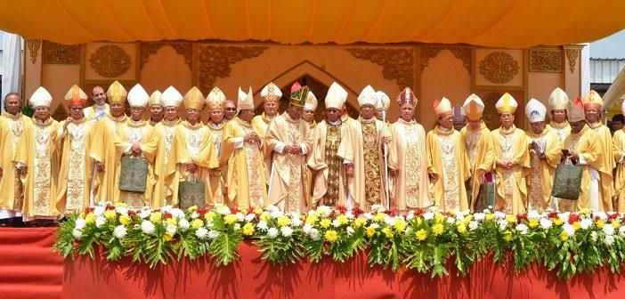 Wajah Para Uskup Indonesia pada Perayaan Tahbisan Uskup Keuskupan Pangkalpinang