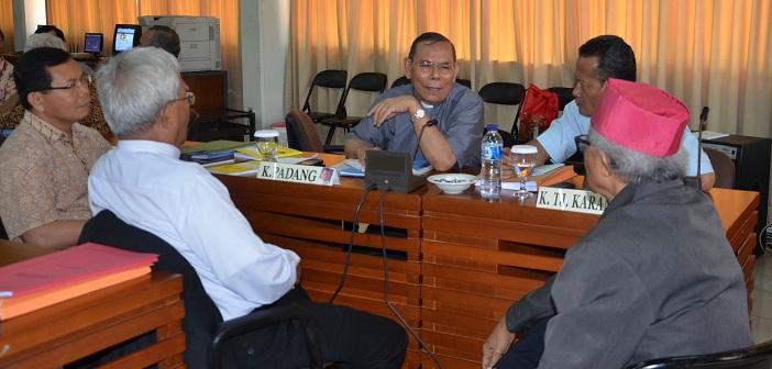 Mgr. Ludofikus Sumanullang, Mgr. A.G.P. Datubara, Mgr. Hila Moa Nurak, Mgr. Yohanes Harus Yuwono, Mgr. Martinus Situmorang.