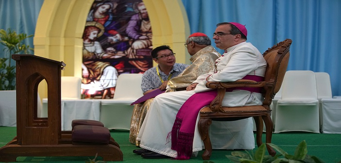 Mgr. Antonio Guido Filipazzi dan Bapa Kardinal Julius Darmaatmadja, SJ.