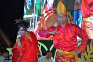 Atraksi budaya OMK Keuskupan Padang (3)