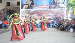 Tarian penyambbutan OMK Palangka Raya oleh OMK Paroki Raja Damai